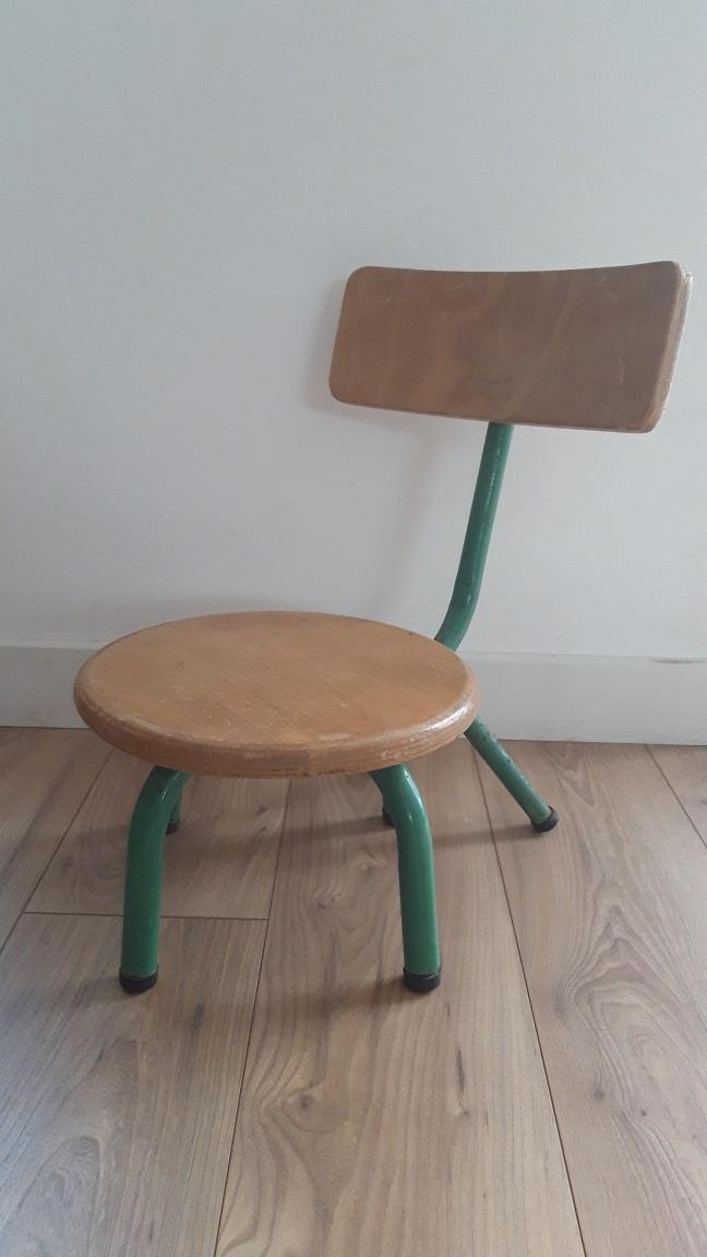 Chaise écolier maternelle  1950