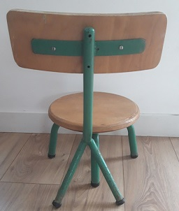 Chaise-ecolier-maternelle